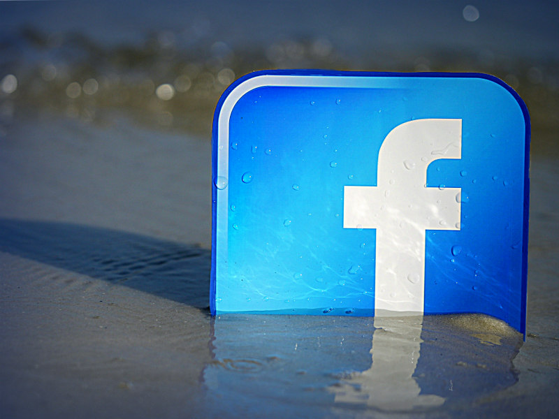 Facebook Tops US Relevance Ranking