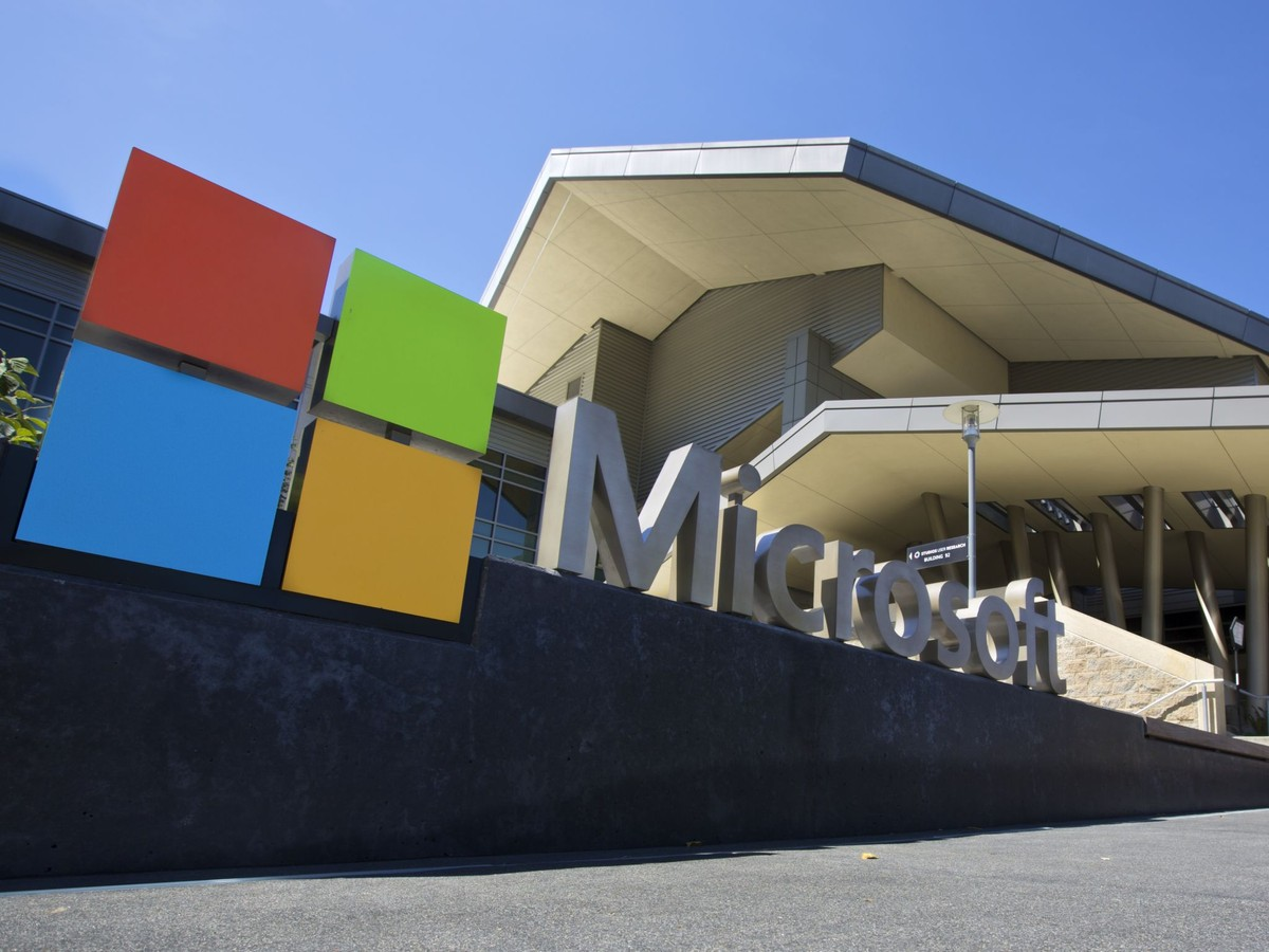 Microsoft Reviews India PR Duties