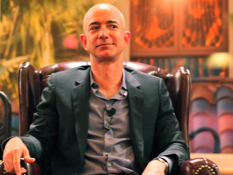 Bezos & Schultz: Breaking Down This Week's Winners & Losers
