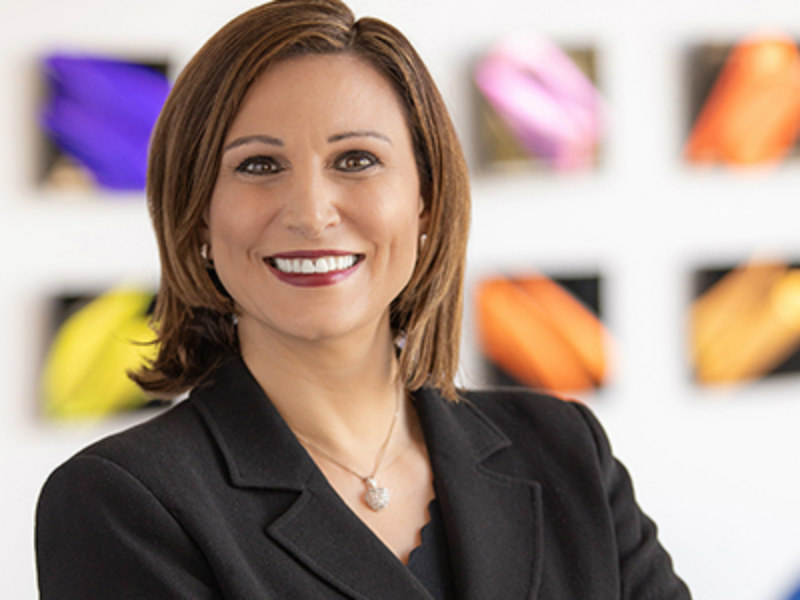 Apple Hires Cisco's Stella Low For Top Comms Role