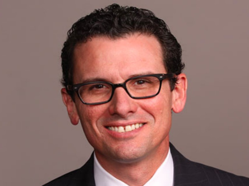 Former Wells Fargo Comms Head Oscar Suris Joins Zeno