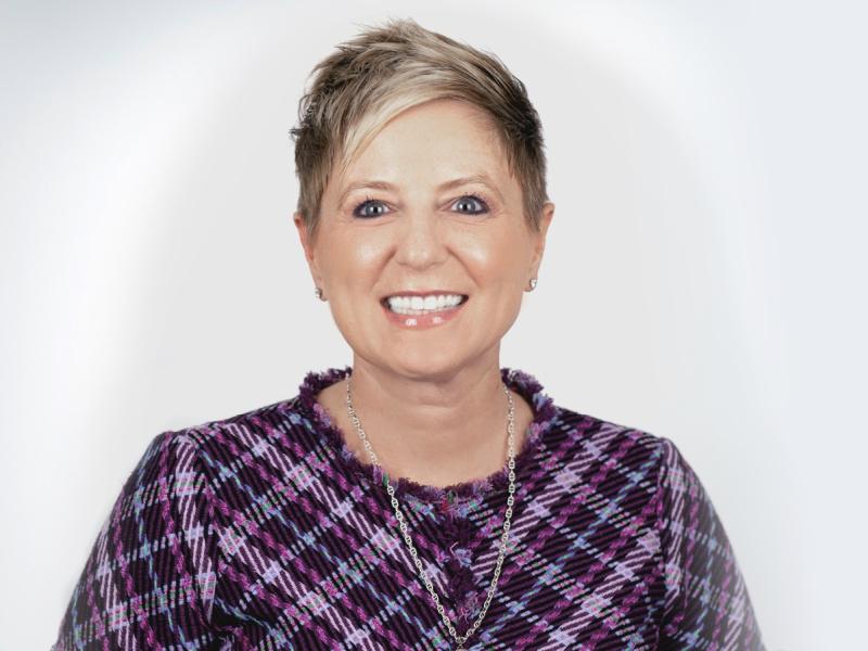 Weber Shandwick Promotes Susan Howe To President