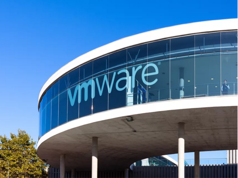 Archetype Lands VMware US PR Duties