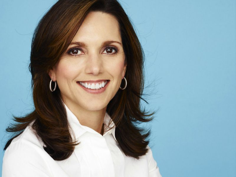 Beth Comstock Announces Retirement From GE